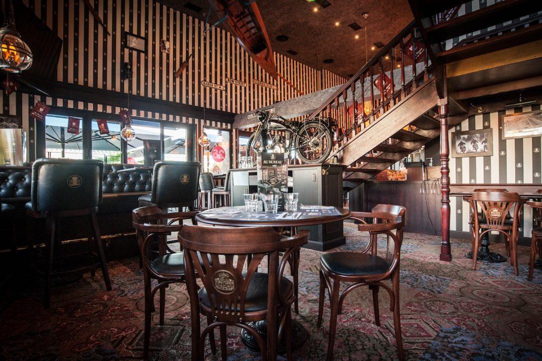 Pub au bureau design sonore du bar effectué par mymusicom